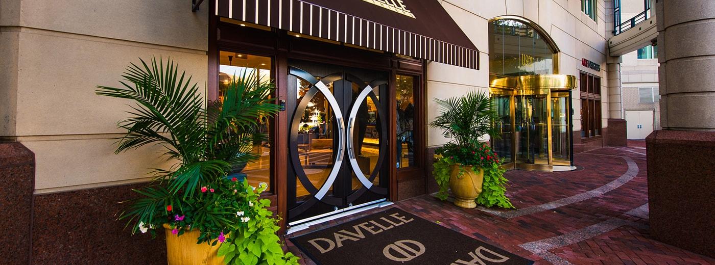 davelle-storefront-011-web-1-min